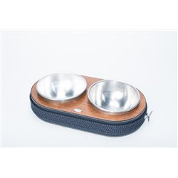 Aluminiun dog bowls food/water.